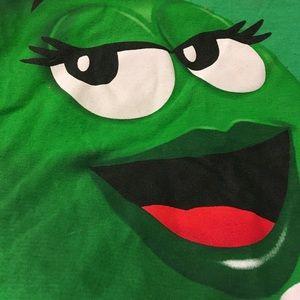 M&M t shirt size L